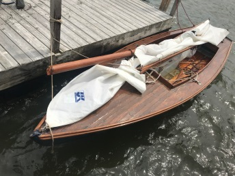 Connetts' broken mast