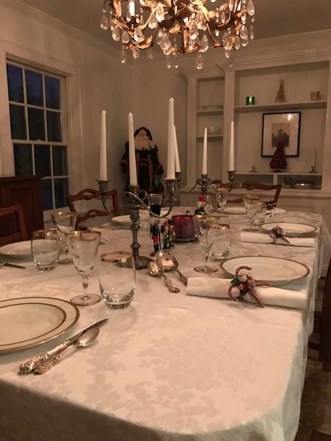 Moley Dining