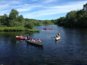 Family-Paddle-Day-400x300