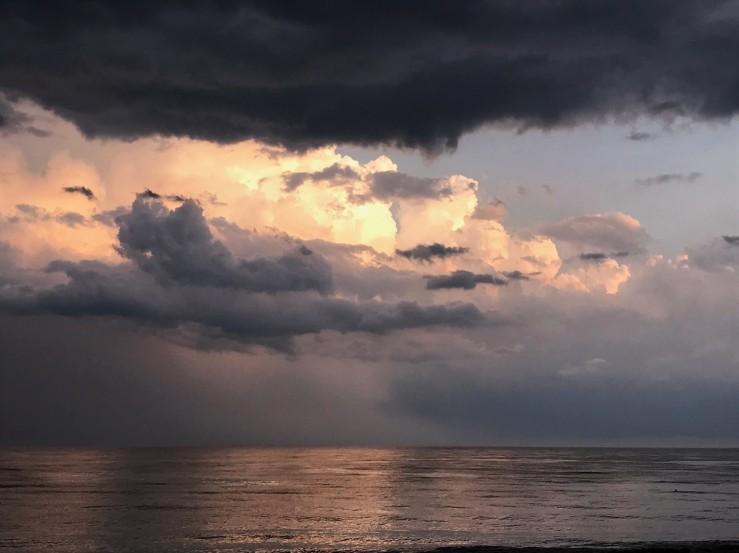 Storm departs LJ (2)